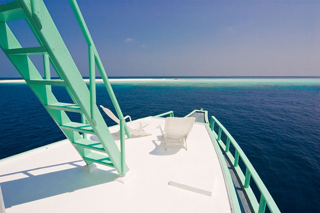 http://www.cruisemaldives.co.uk/images/stories/cruise/tropic-wave/tropic-wave-2.jpg